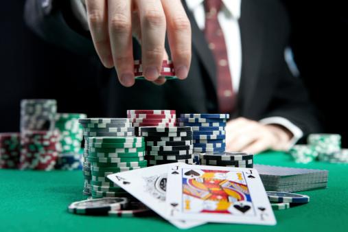 Le poker associé avec le mentalisme, une théorie assez folle ?